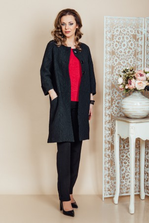 PB6_19_coat B6_101_jumper PB6_50_trousers