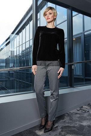 030W9_jumper_black_025W9_trousers