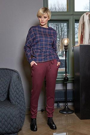 044W9_jumper_035W9_trousers