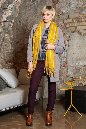 101W9_scarf_100W9_coat_grey_020W9_trousers