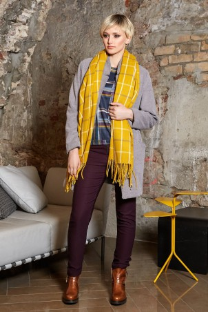 101W9_scarf_100W9_coat_grey_020W9_trousers