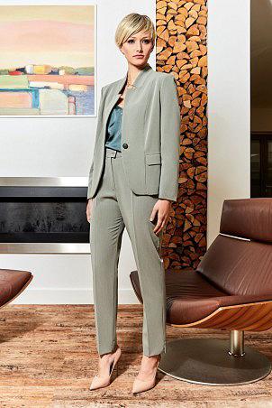 105S20_jakcet_106S20_trousers_khaki