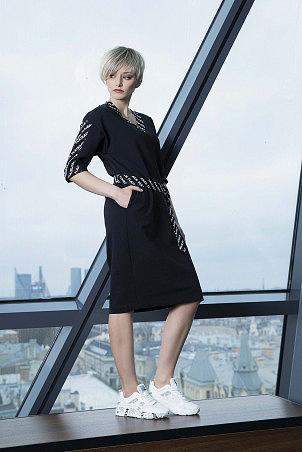 007F0_dress