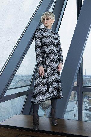 027F0_dress