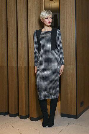 066F0_dress