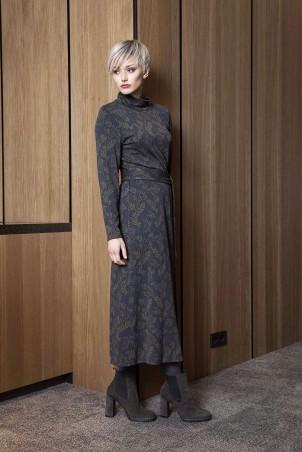 090F0_dress