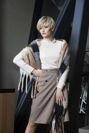 120F0_skirt_112F0_jumper_121F0_scarf_