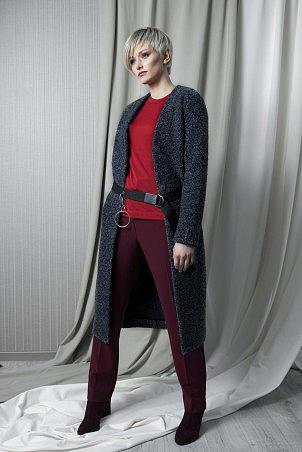 128F0_jacket_106F0_jumper_red_093F0_trousers_bordo