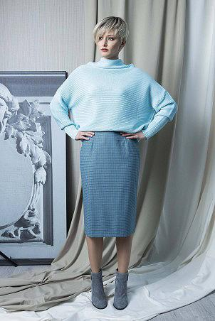 140F0_pullover_141F0_skirt
