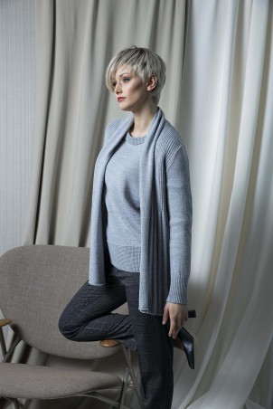 142F0_jacket_143F0_pullover_053F0_trousers