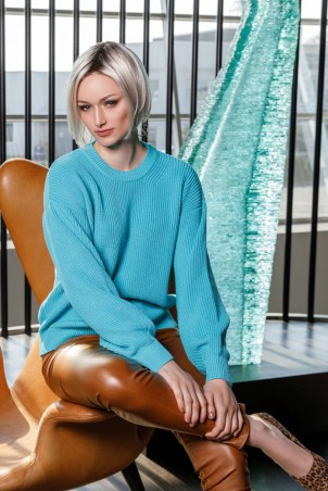 004F1_jumper_turquoise_005F1_trousers_rust