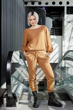 031F1_jumper_032F1_trousers