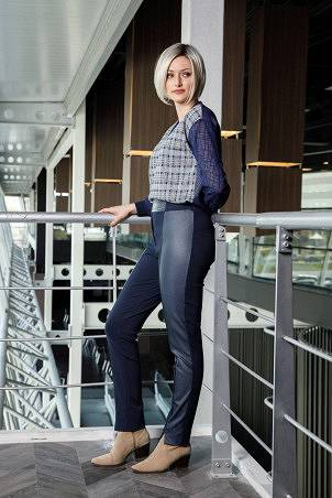 057F1_trousers_056F1_sweatshirt