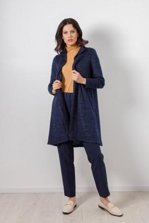 B21003_jacket_blue_B21001_jumper_beige_PB2103_trousers_blue