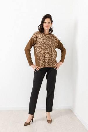 B21041_jumper_PB2103_trousers_black