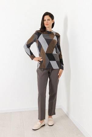 B21045_jumper_PB2103_trousers_grey