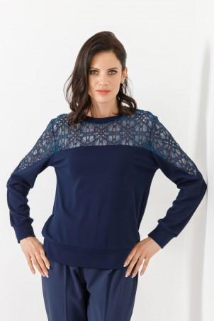 B21053_jumper_PB2103_trousers_blue