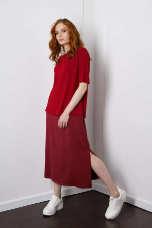 D1-01_skirt_bordo_D1-02_t-shirt_bordo