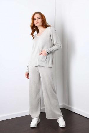 D1-06_jumper_D1-07_trousers